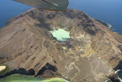 Scenic flights to White Island, Taupo's Float Plane